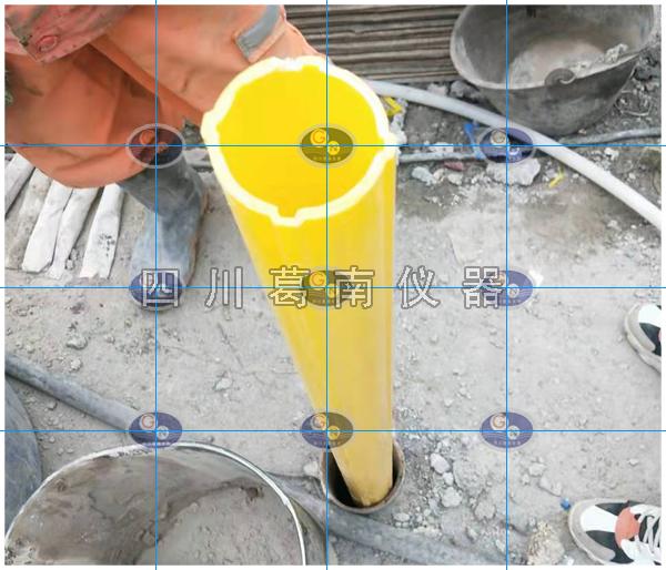 测斜管采用岩芯钻钻孔孔径110mm其铅直度偏差不应大于±1°
