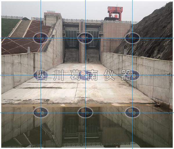 水库溢洪道流速和流量监测
