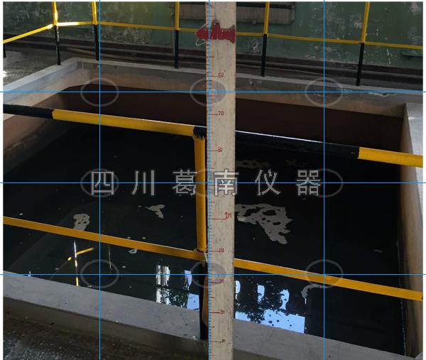 国家某重要堆料场人工水位标尺观测设置