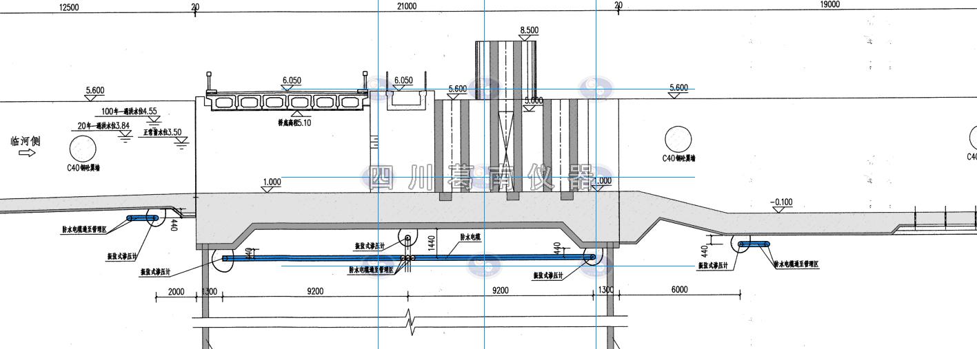 闸坝底板渗压计穿管线路走向图