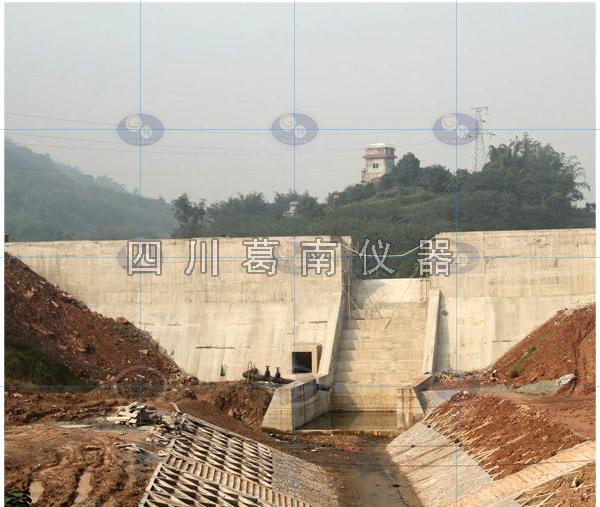 宜宾市江安县天堂湖水库安全监测仪器埋设及安装