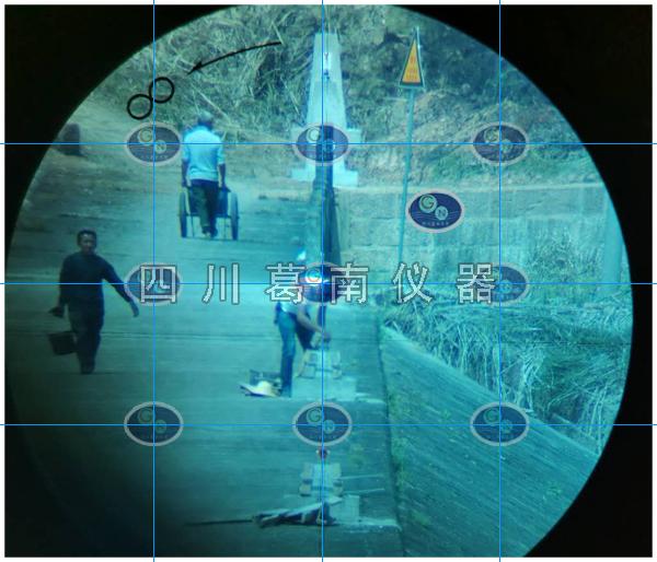 视准线监测仪器施工现场